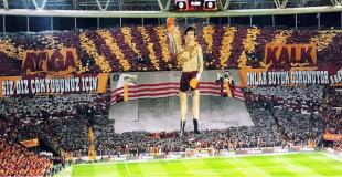 Galatasaray's tifo action vs. Fenerbahce voted as the best in 2017